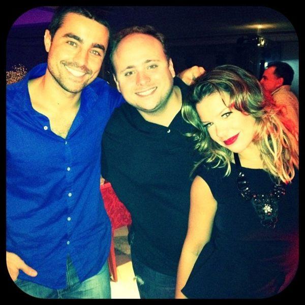 Ricardo Pereira, Leo Fuchs e Fernanda Souza (Foto: Reprodução/Twitter)