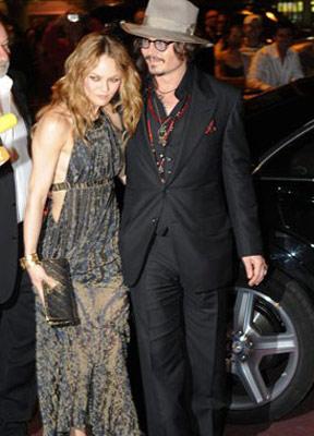 Johnny Depp e Vanessa Paradis (Foto: AFP)