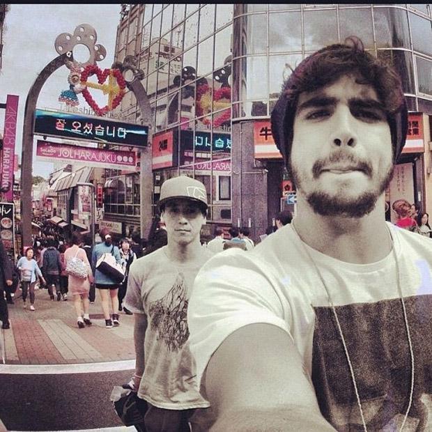 Caio Castro posta foto de viagem ao Japão (Foto: Instagram / Reprodução)