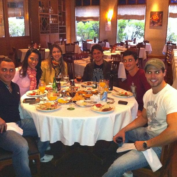 Os ex-BBBs  Fael, João Maurício, Jonas e Kelly (Foto: Twitter/Reprodução)