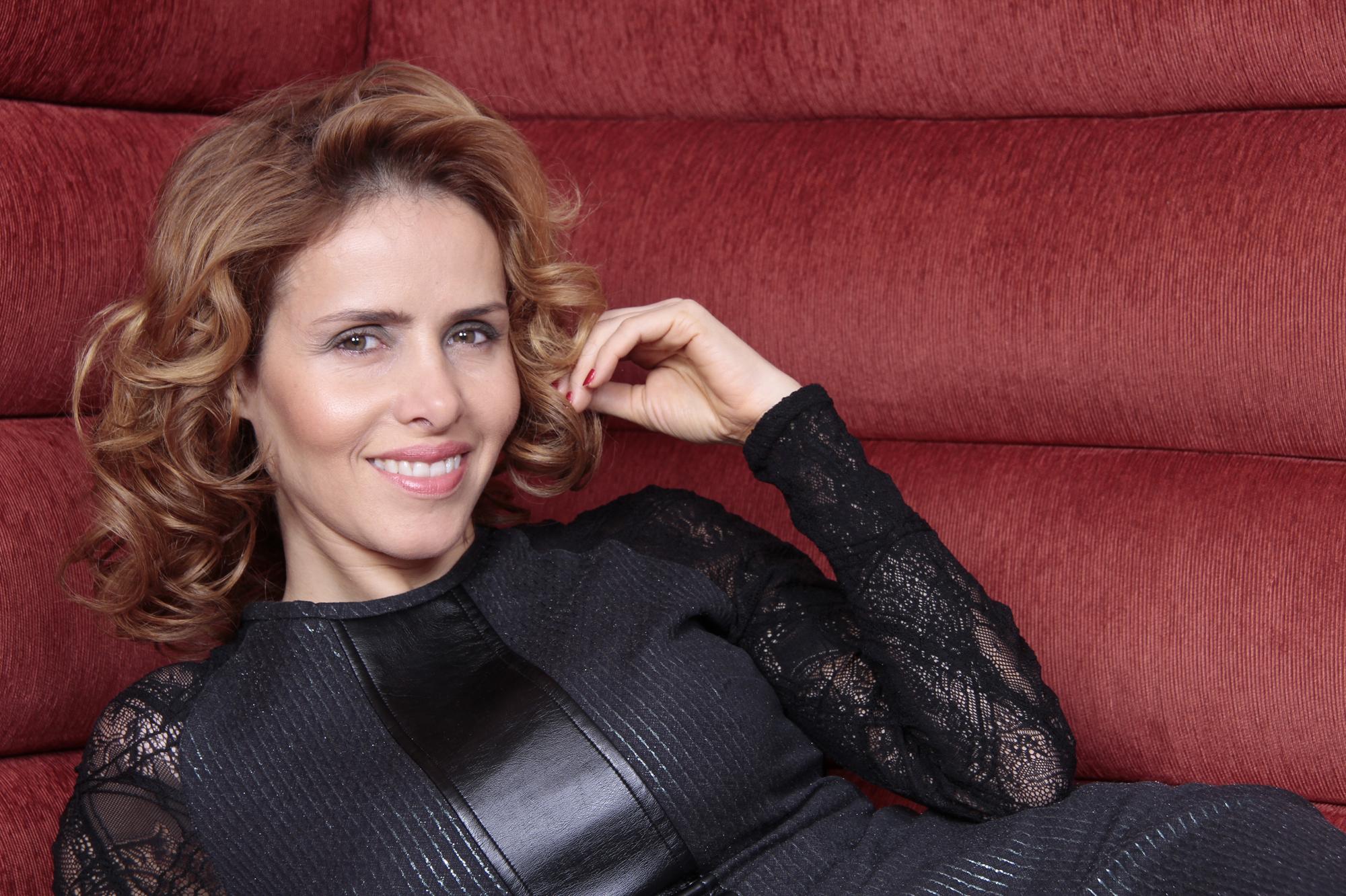 """Leona Cavalli, a Zarolha da novela """"Gabriela"""", acaba de assinar contrato para ser capa e recheio da """"Playboy"""""""