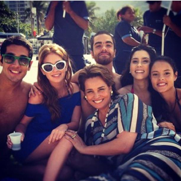 Elenco de 'Amor Eterno Amor' (Foto: Reprodução/Instagram)