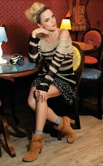 A atriz em ensaio 'ladylike' (Foto: Revista Estilo/Divulgação)