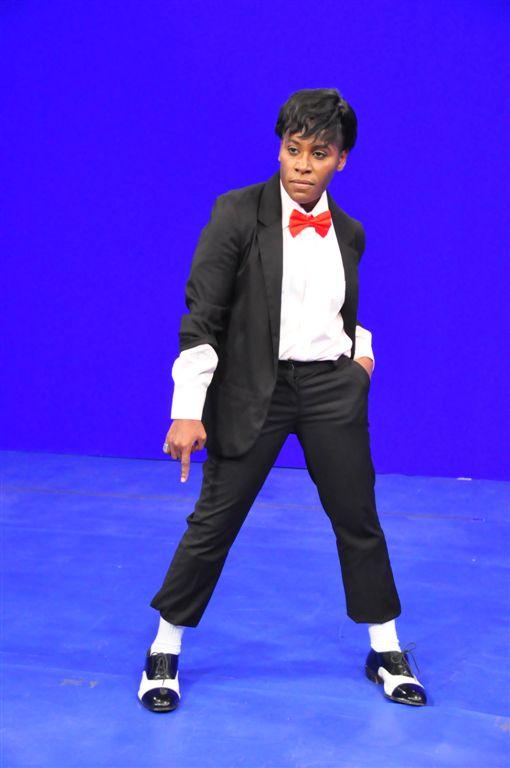 Pepê e Neném se tranformam em Michael Jackson para programa Rp_pepe