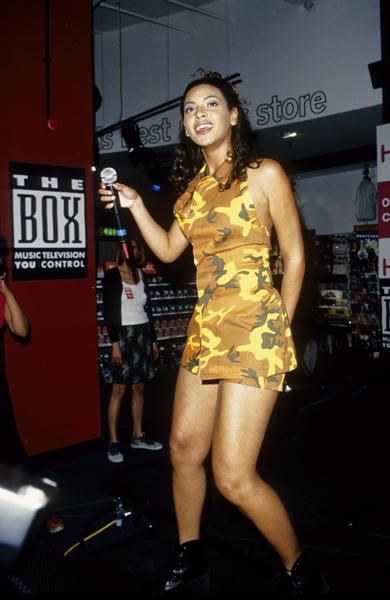 No início da carreira, ainda no Destiny's Child, Beyoncé usava os cabelos ao natural, sem nenhuma produção