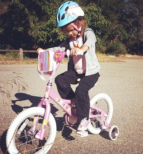 Filha de Jessica Alba (Foto: Instagram)