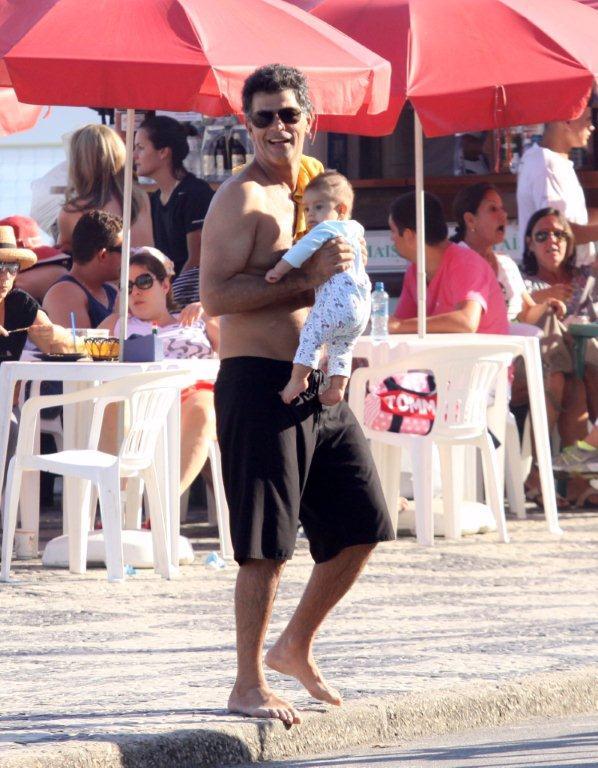 Du Moscovis com o filho (Foto: J.Humberto/Agnews)