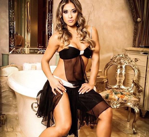 Mayra Cardi, ex-bbb, posando em Las Vegas (Foto: Instagram / Reprodução)