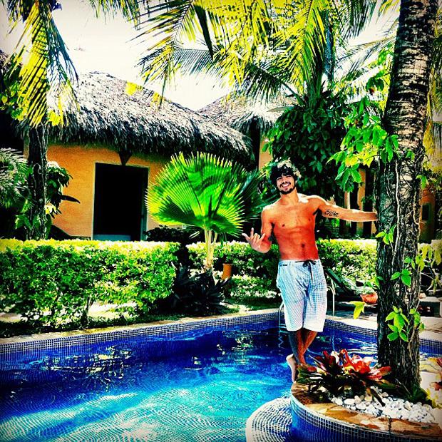 Caio Castro de férias no Ceará (Foto: Instagram / Reprodução)
