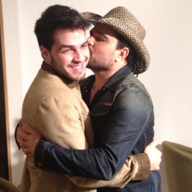 Luciano Camargo com filho Nanthan (Foto: Instagram / Reprodução)