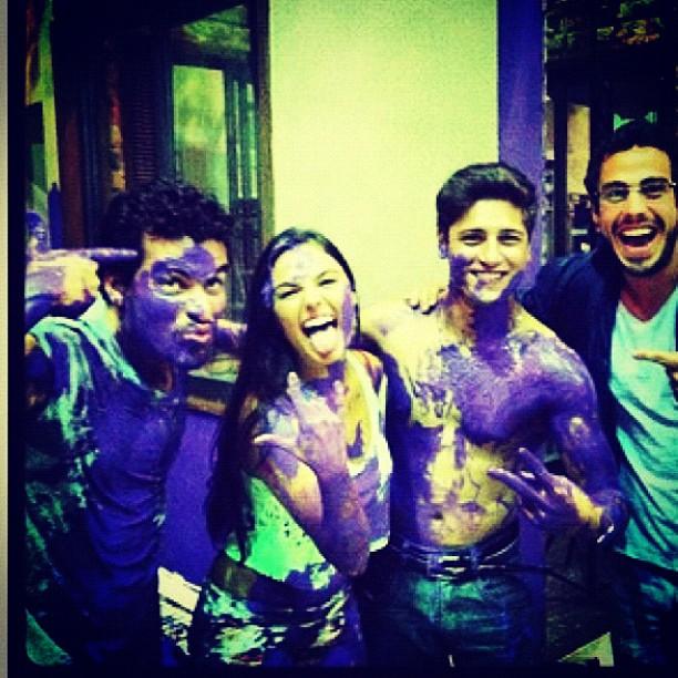 Isis Valverde com Thiago Martins e Daniel Rocha (Foto: Reprodução/Instagram)