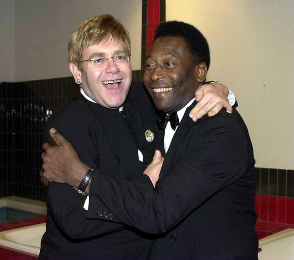 Pelé posta foto com Elton John (Foto: Reprodução/Twitter)