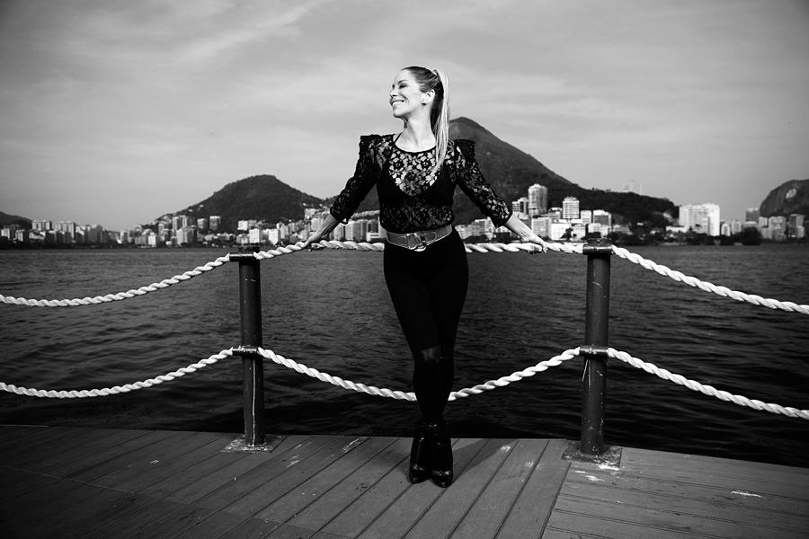 """Danielle Winits está em sua melhor fase. No ar em """"Malhação"""", depois de cinco anos longe das novelas"""", ela tem ainda outro motivo para comemorar: o namoro com Amaury Nunes"""