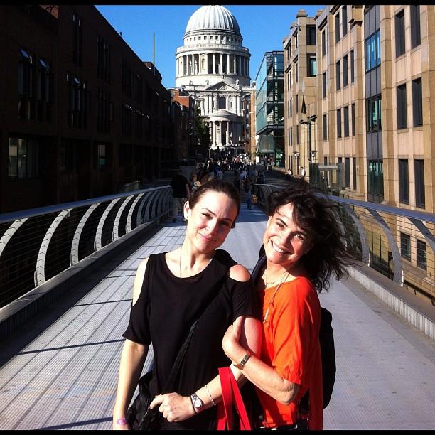 Gabriela Duarte e Regina Duarte posam em Veneza (Foto: Reprodução/Instagram)