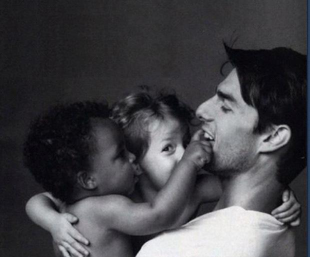 Tom Cruise com os filhos Connor e Isabella quando pequenos (Foto: Reprodução / Twitter)