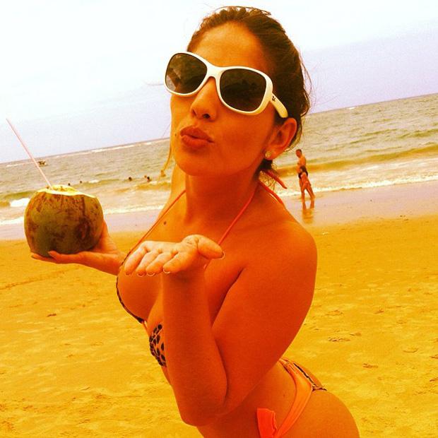 A ex-BBB Anamara posa de biquíni (Foto: Instagram / Reprodução)