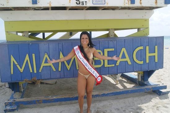 Dani Sperle vence Miss Bumbum em Miami Beach (Foto: Divulgação)