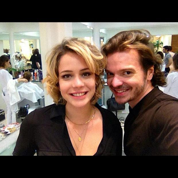 Leandra Leal muda o visual com Tiago Parente (Foto: Instagram / Reprodução)