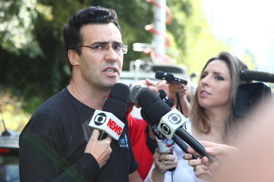 Marcos Magalhães, maquiador que preparou Hebe Camargo
