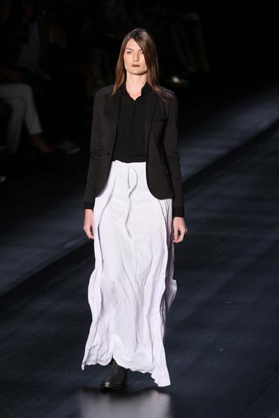 A grife Uma Raquel Davidowicz desfilou sua coleção de inverno 2013 na São Paulo Fashion Week, nesta terça-feira, 30