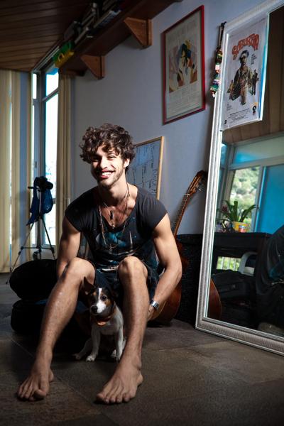 Pablo Morais vive o vilão Bacana no seriado 'Suburbia'