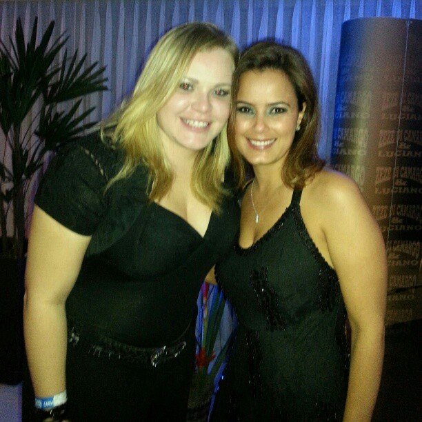 Paula e Luciele Di Camargo (Foto: Reprodução/Twitter)