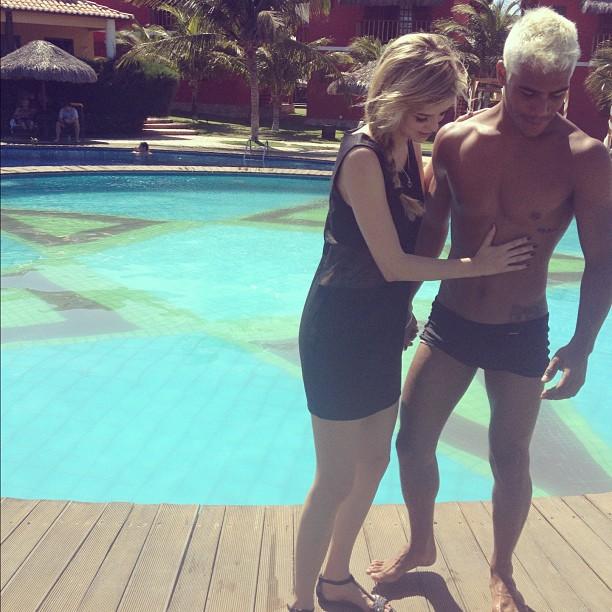 Sophia Abrahão e loiro (Foto: Instagram / Reprodução)