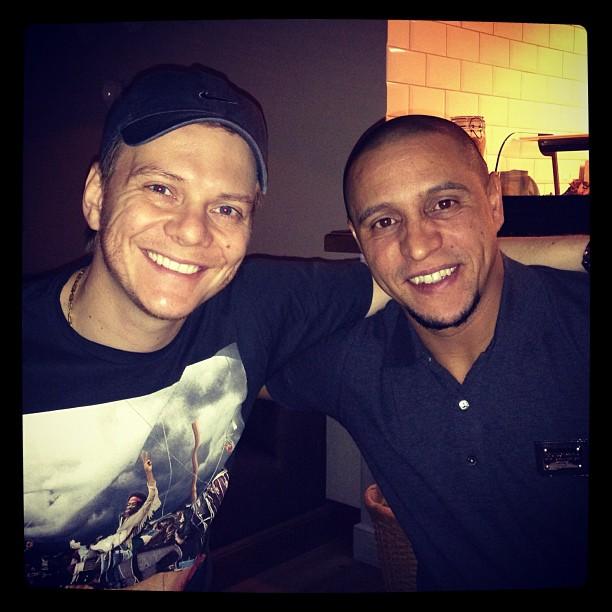 Michel Teló e Roberto Carlos (Foto: Reprodução/Instagram)