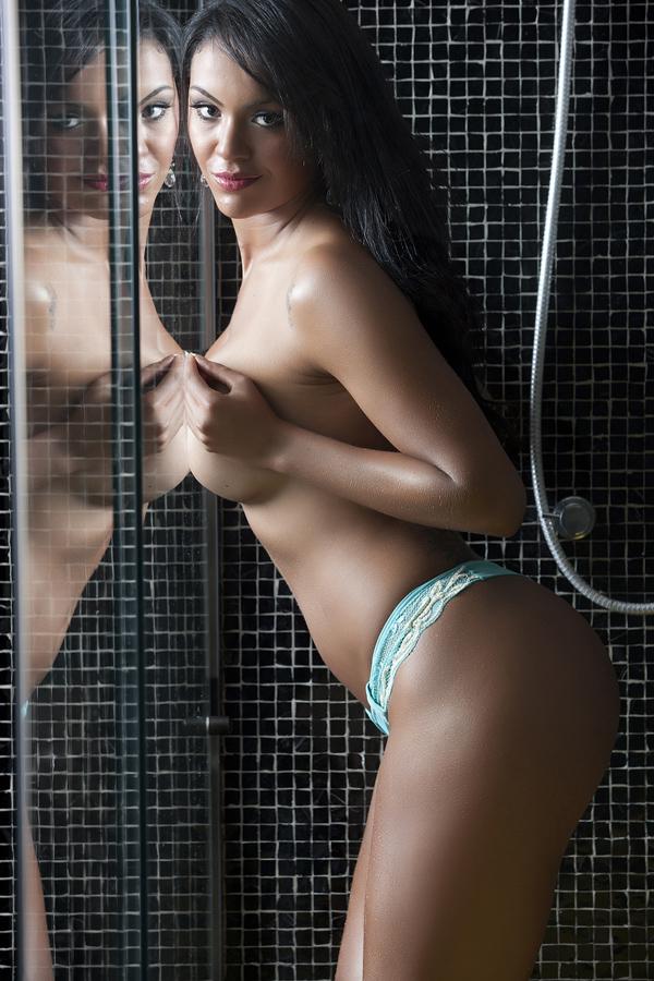 Aline Bernardes, primeira colocada na votação pela internet no concurso Miss Bumbum (Foto: Divugação / Miss Bumbum Brasil)