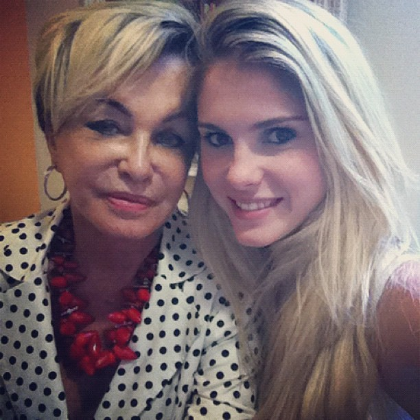Bárbara Evans posta foto com a avó (Foto: Instagram / Reprodução)