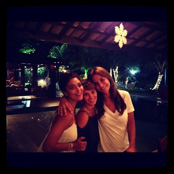 Juliana Paes, Carolina Dieckmann e Ivete Sangalo em Maceió