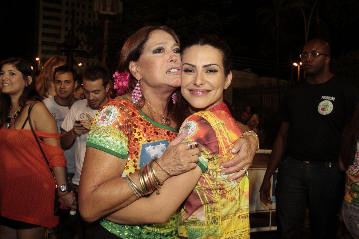 Susana Vieira e Cleo Pires em ensaio da Grande Rio na Marquês de Sapucaí, no Rio
