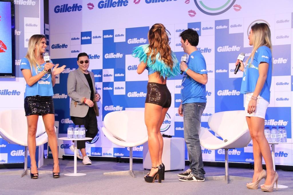 O rapper sul-coreano Psy participou de uma entrevista coletiva em Salvador nesta sexta, 8.