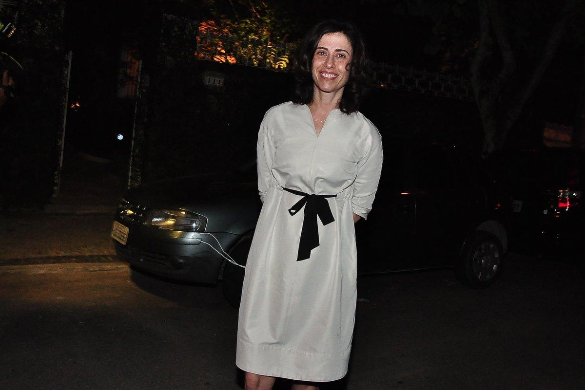 Fernanda Torres no aniversário de Regina Casé no Rio