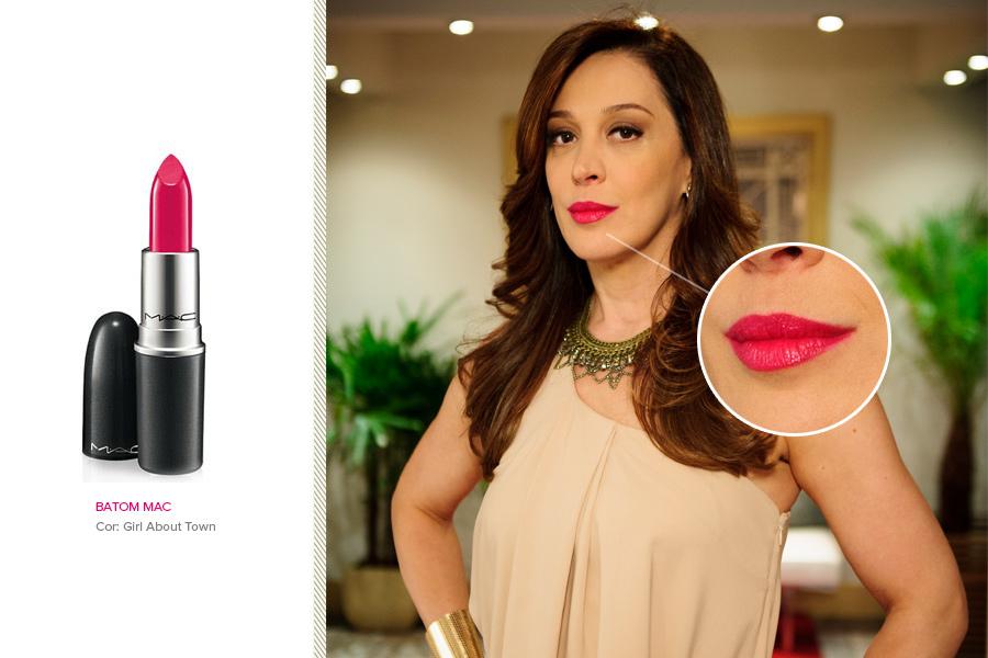 """Em segundo lugar vem Claudia Raia, que usa batom pink para dar vida a Lívia Marini em """"Salve Jorge"""". O batom é M.A.C na cor Girl About Town (R$ 79)"""