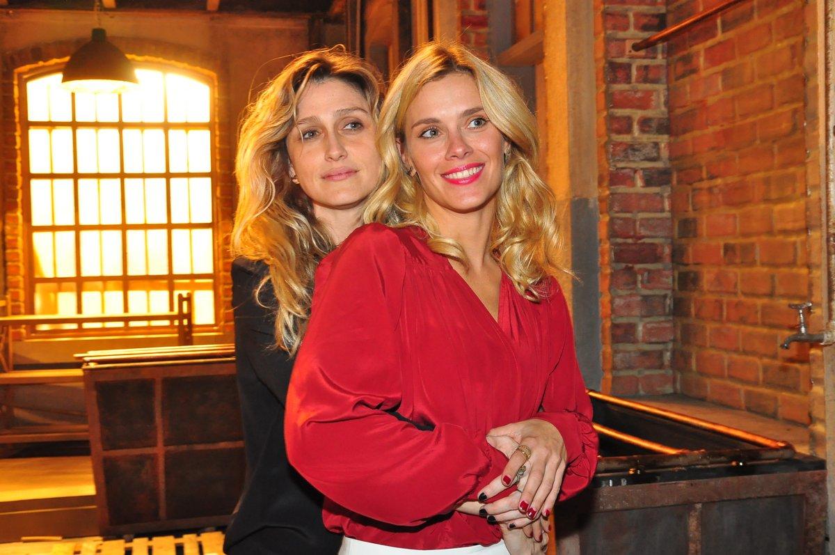 Amora Mautner, diretora da novela, e Carolina Dieckmann, que vai interpretar a Iolanda Lopez