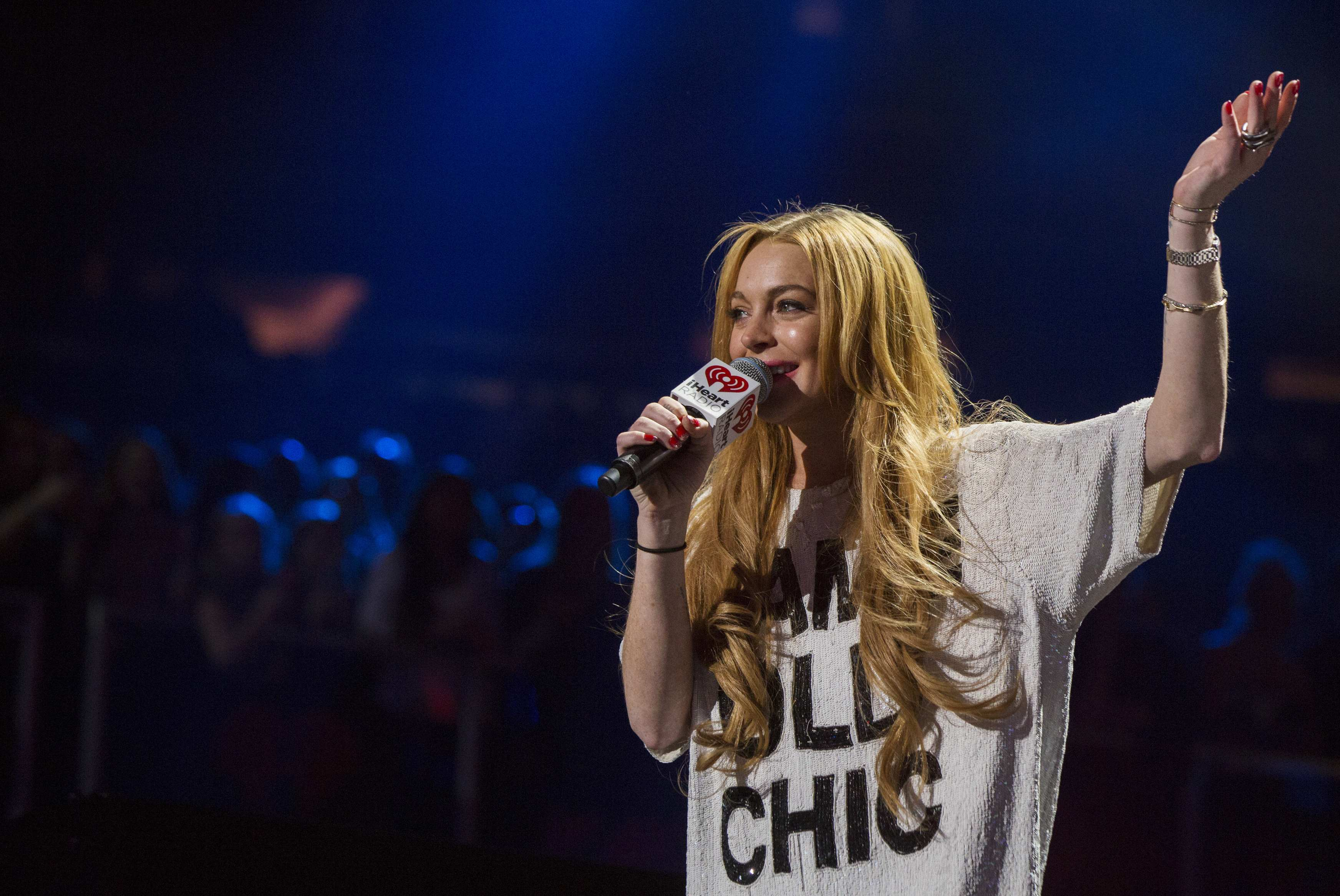 Lindsay Lohan no Jingle Ball, em Nova York