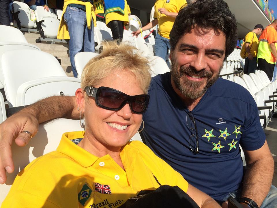 Xuxa e Junno Andrade também estão na torcida