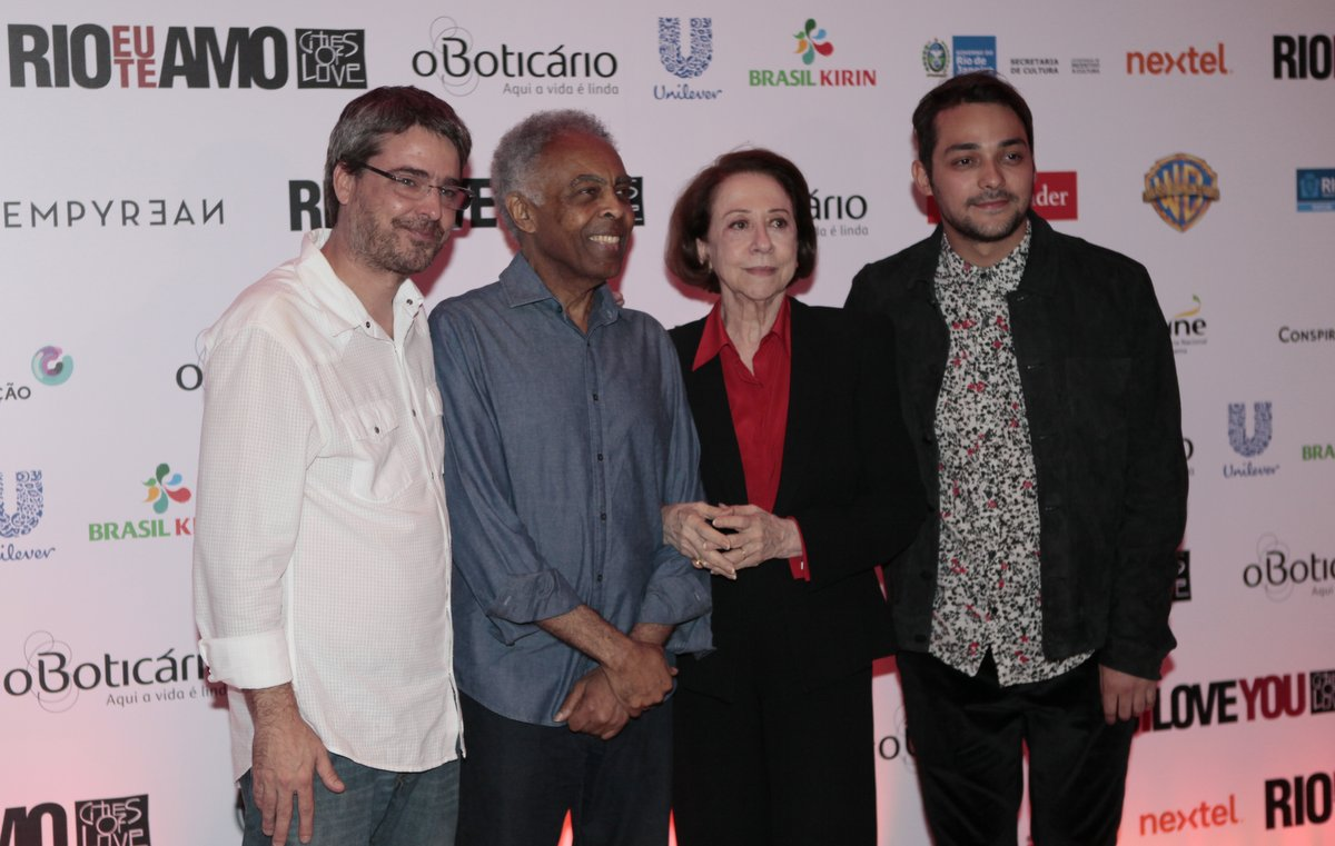 Andrucha Waddington, Gilberto Gil, Fernanda Montenegro e Eduardo Sterblitch em pré-estreia de filme na Zona Sul do Rio