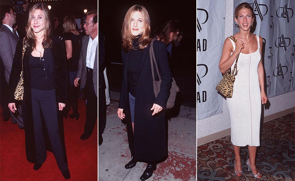 Em 1997 (fotos à esquerda e ao centro), Jennifer Aniston apostava em looks monocromáticos e bem larguinhos, nada femininos. Na foto à direita, a atriz em 1998