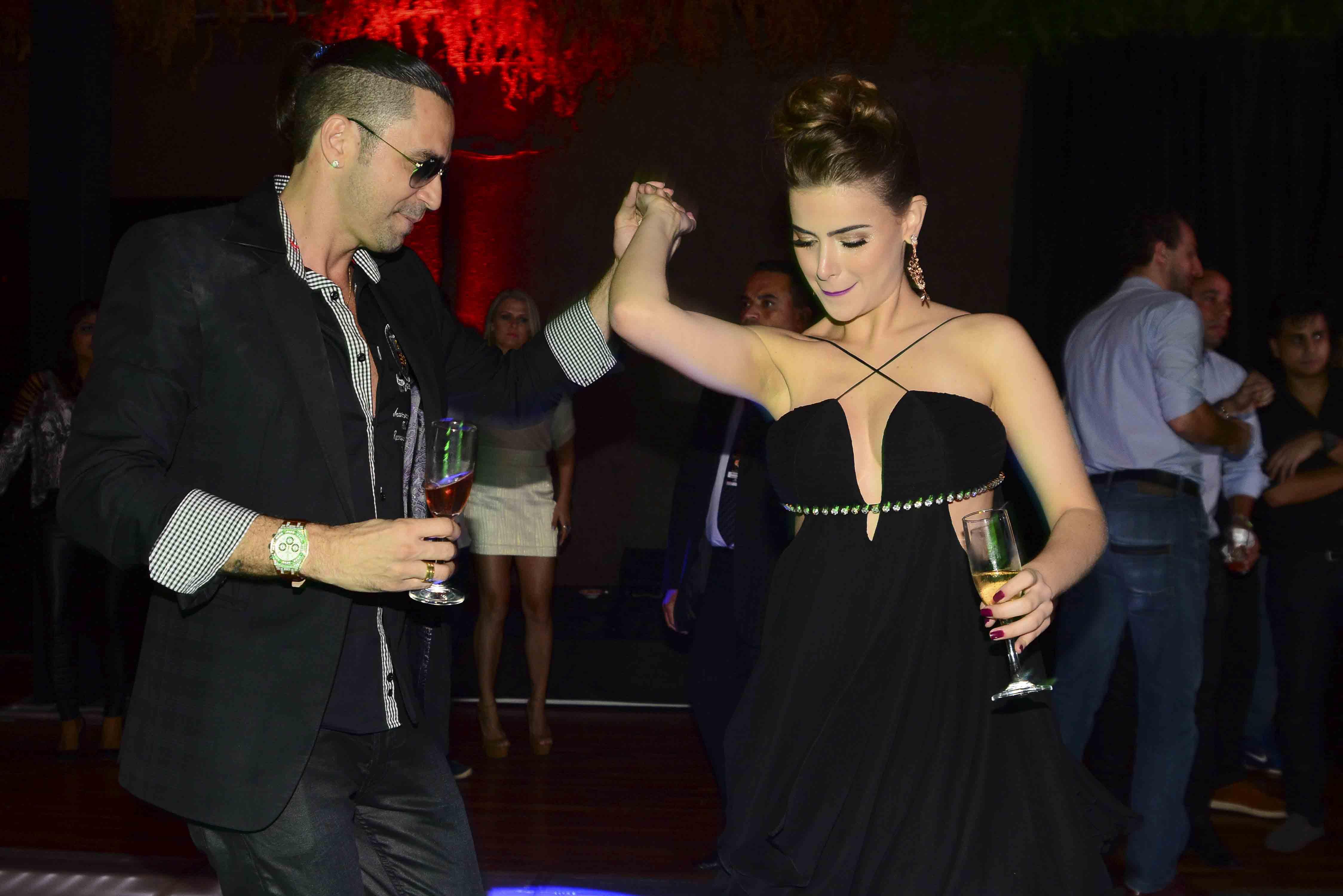 Rayanne Morais e Latino na festa de aniversário do cantor em São Paulo