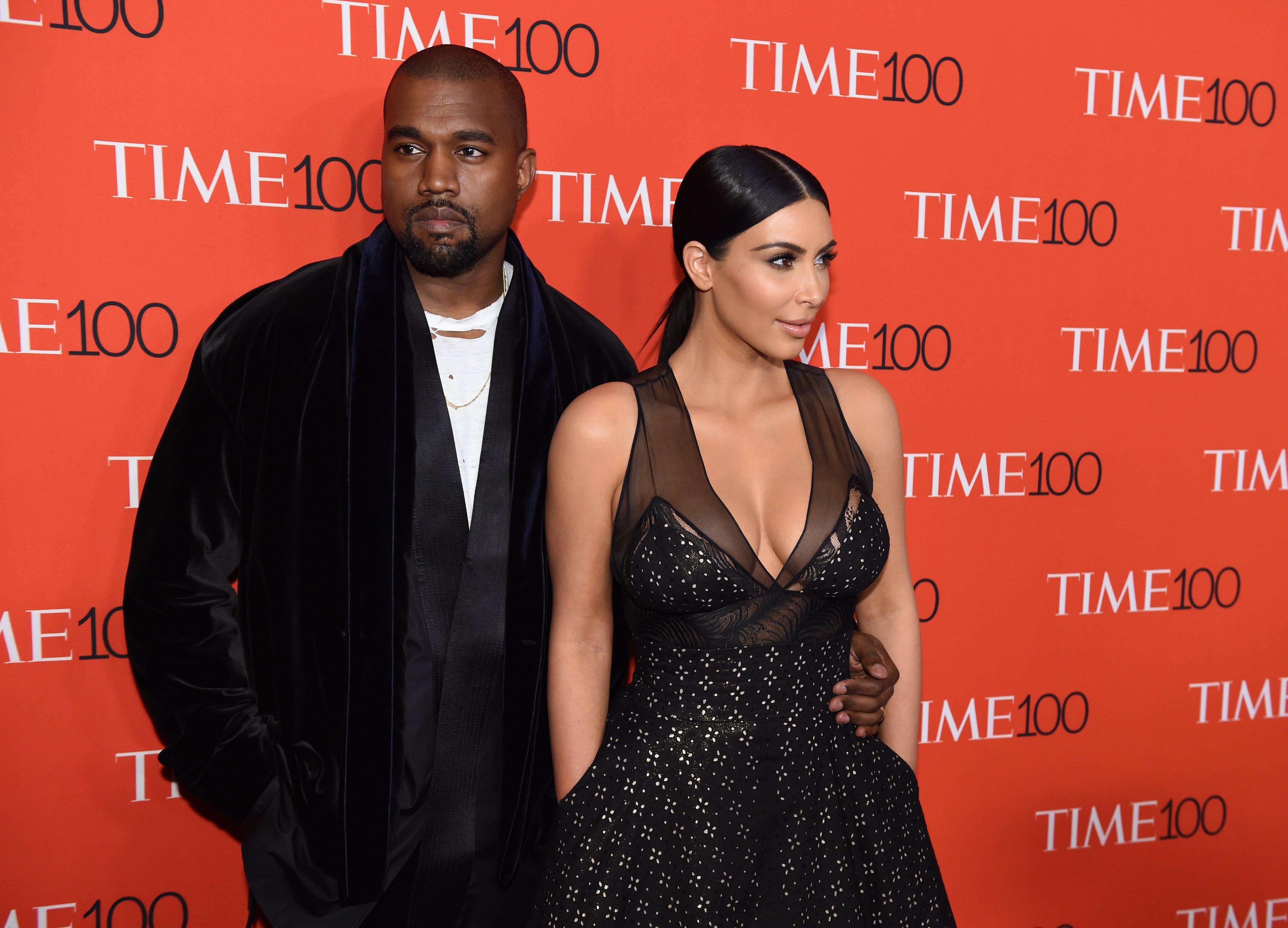 """Kim Kardashian e Kanye West em festa da revista """"TIME"""" em Nova York, nos Estados Unidos"""