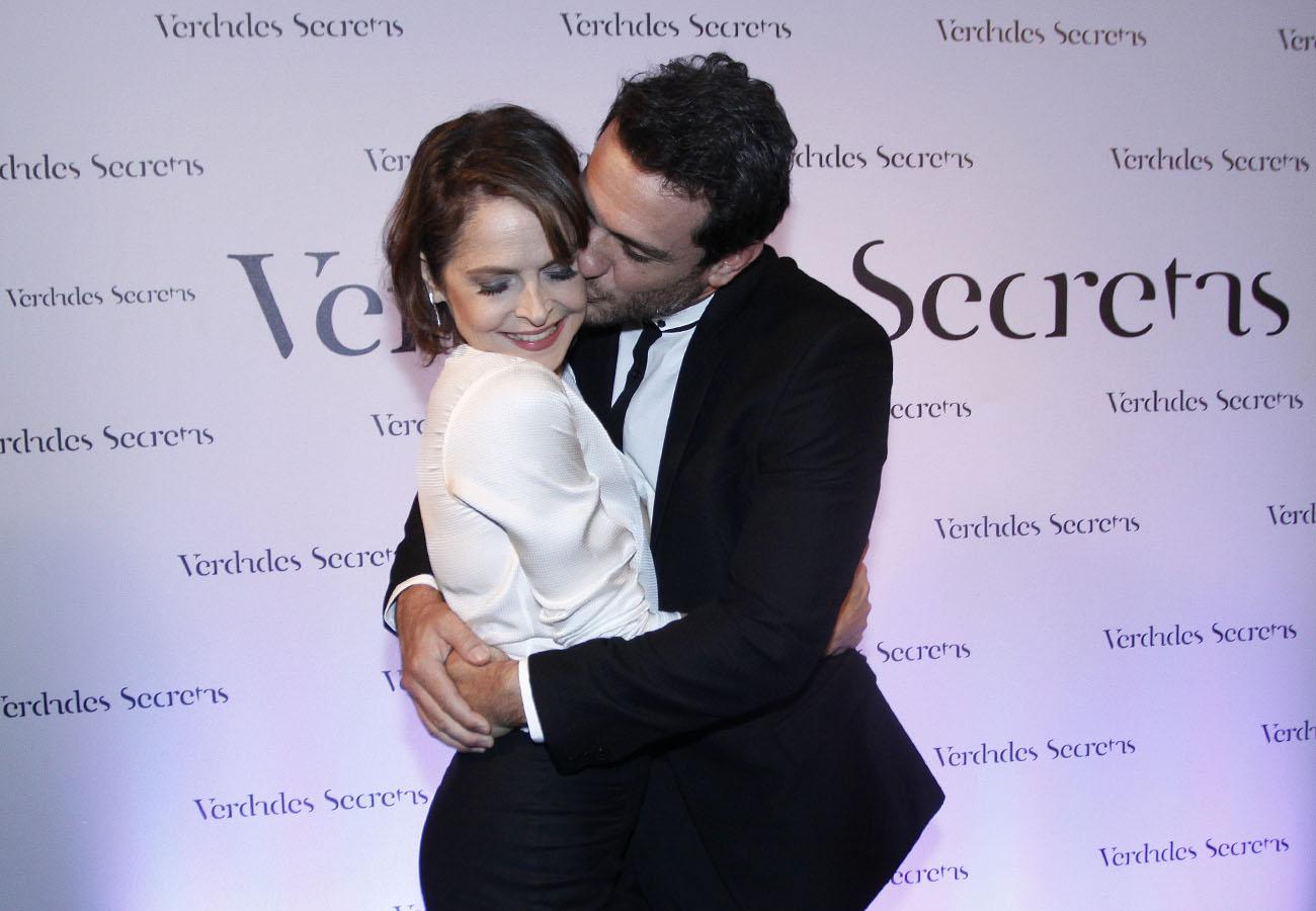 Drica Moraes e Rodrigo Lombardi em festa em São Paulo
