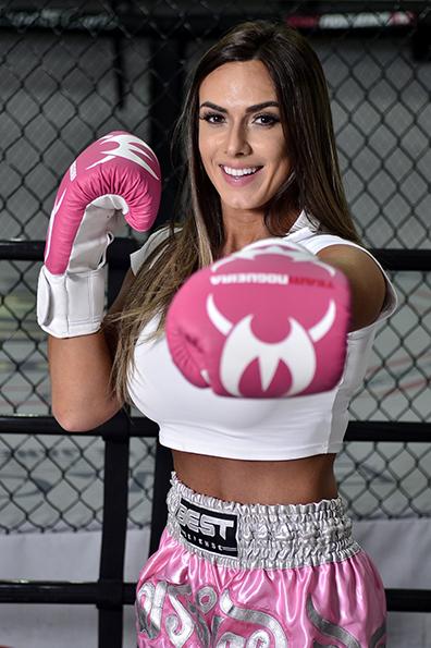 Nicole Bahls entrou no muay thai há 15 dias