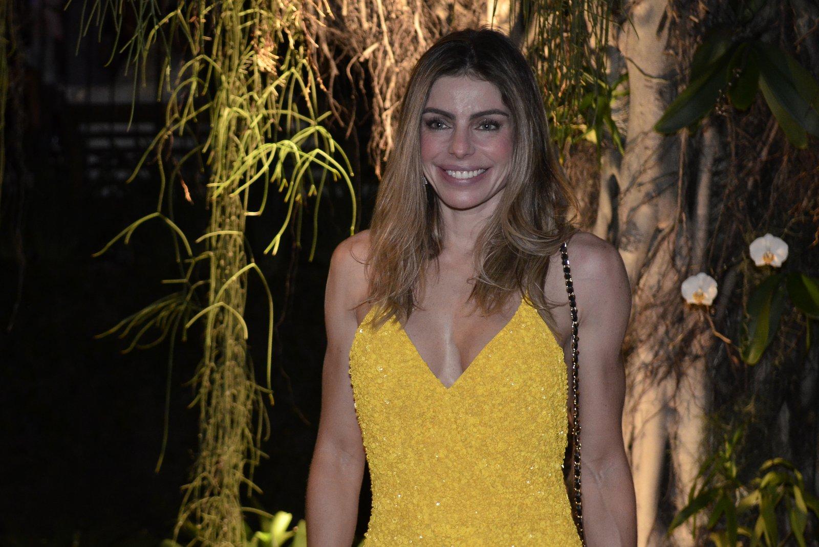 Daniella Cicarelli em festa na Zona Sul do Rio