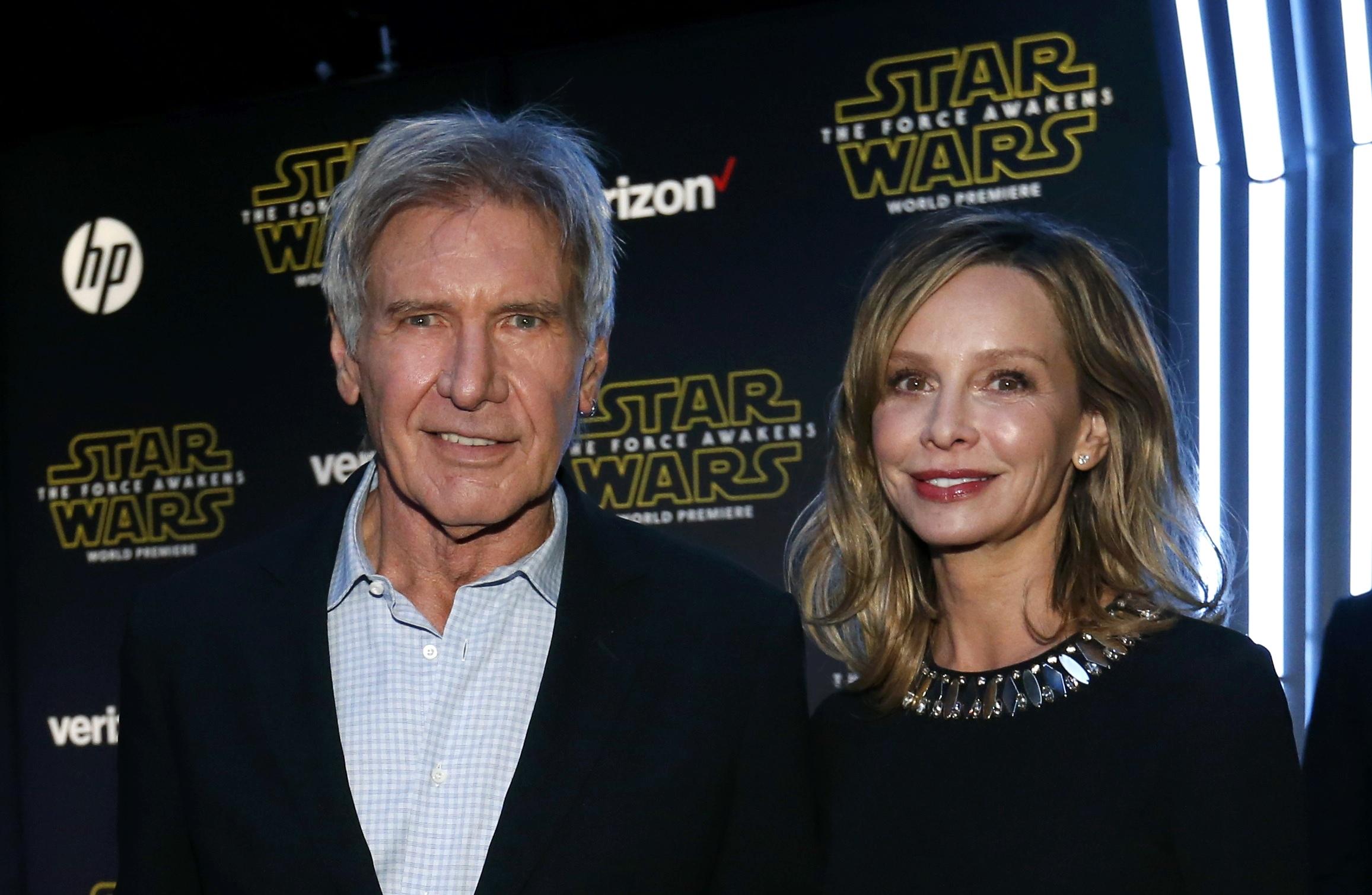Harrison Ford e a mulher, Calista Flockhart, em première em Los Angeles, nos Estados Unidos