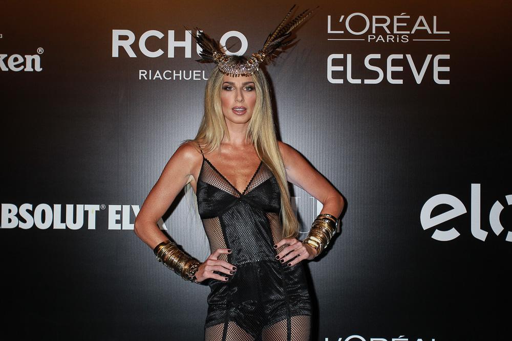 Mariana Weickert em festa em São Paulo