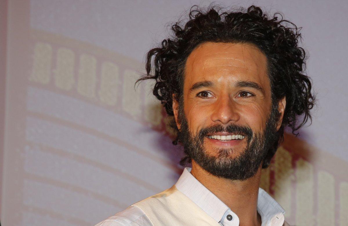 Rodrigo Santoro está de volta à TV na novela 'Velho Chico'; relembre outras novelas do ator!