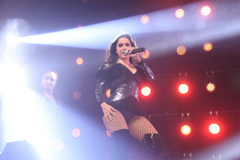 Anitta apresenta a turnê 'Bang' em casa de shows na Zona Oeste do Rio