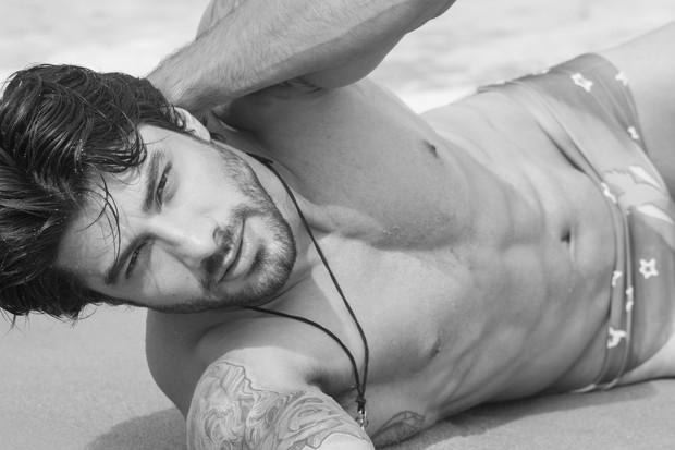 O ex-BBB Renan Oliveira foi eleito o homem mais sexy do mundo!